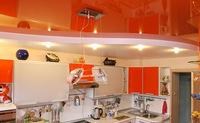 Двухуровневый натяжной потолок на кухню